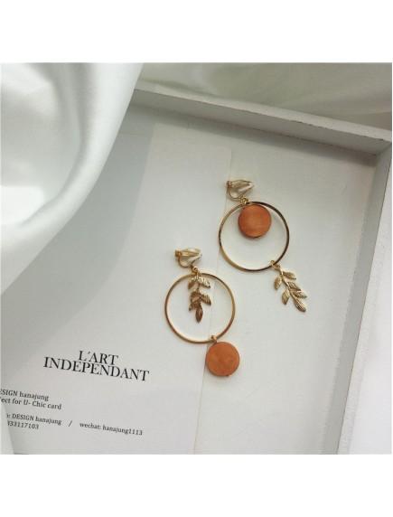 RAT1237 - Aksesoris Hijab Anting Jepit / Clip Autumn Leaf Earring