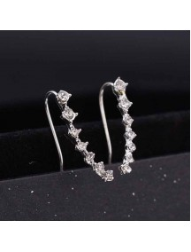 RAT1063 - Aksesoris Anting Silver Seven Diamond