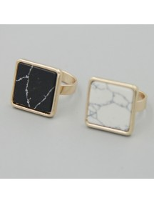 RCC1027W - Cincin Square Stone Ring