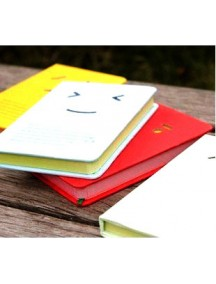 HO1024 - Smiley NoteBook ( Random Color )